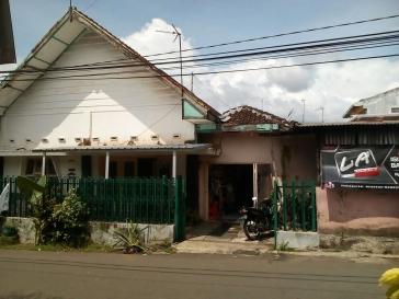 Dijual Rumah di Bareng Raya