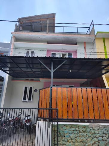Dijual Rumah Kost di Galaxy Regency Malang
