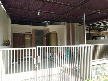 Dijual Rumah di Mutiara Jingga