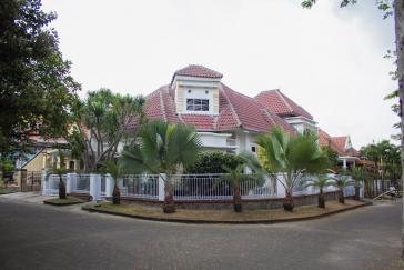 Dijual Rumah di Permata Jingga