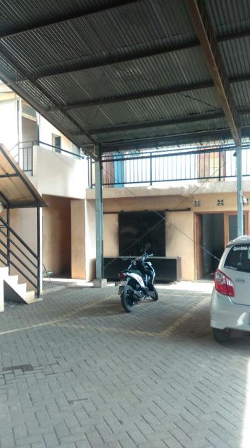 240. Dijual murah Bangunan 2 lantai kantor ada Workshop di Pandaan