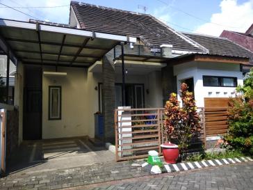 Dijual Rumah di Simpang Bunga Kopi